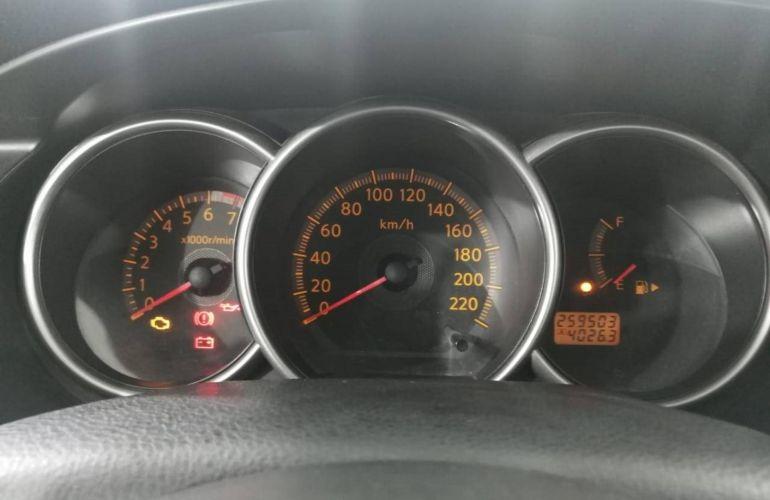 Nissan Grand Livina SL 1.8 16V (flex) - Foto #2