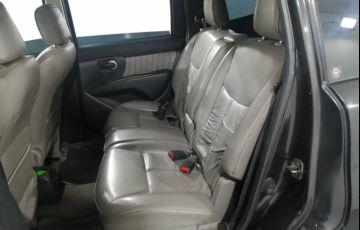 Nissan Grand Livina SL 1.8 16V (flex) - Foto #10