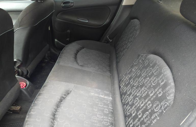 Peugeot 206 Hatch. Feline 1.4 8V (flex) - Foto #6