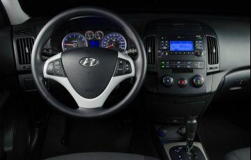 Hyundai i30 CW 2.0i GLS (Aut) - Foto #8