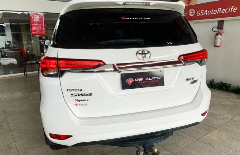 Toyota Hilux Sw4 2.7 Srv 7 Lugares 4x2 16v - Foto #5