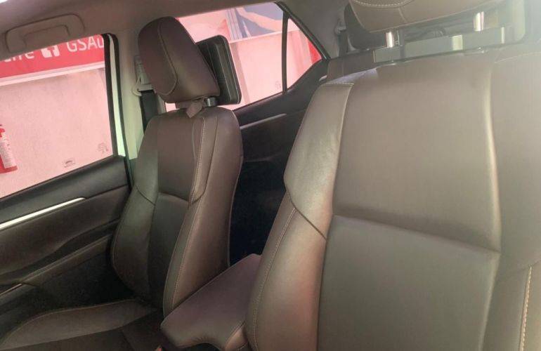 Toyota Hilux Sw4 2.7 Srv 7 Lugares 4x2 16v - Foto #9