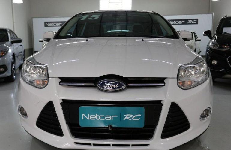 Ford Focus Sedan Titanium 2.0 PowerShift - Foto #3
