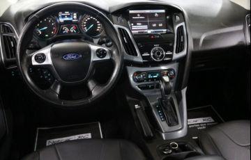 Ford Focus Sedan Titanium 2.0 PowerShift - Foto #9