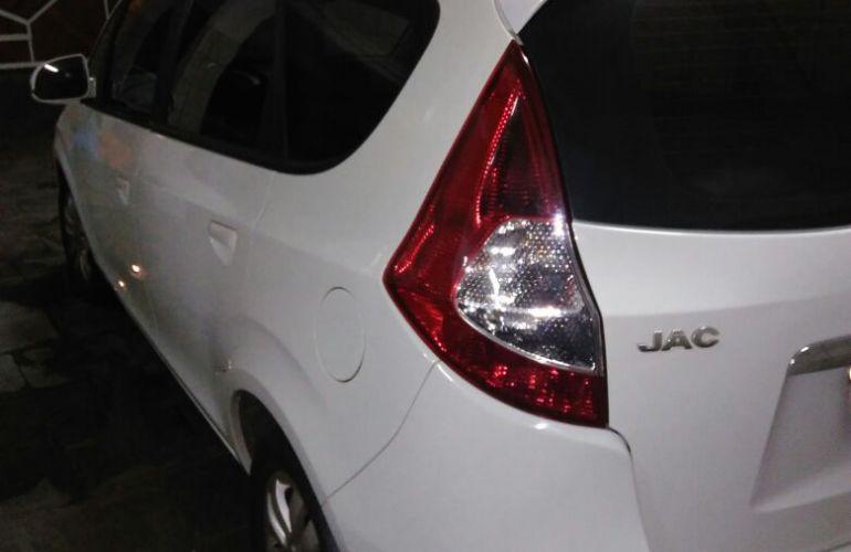 JAC J6 2.0 16V Diamond - Foto #2