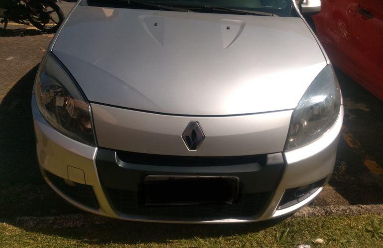 Renault Sandero Expression 1.0 16V (Flex) - Foto #9