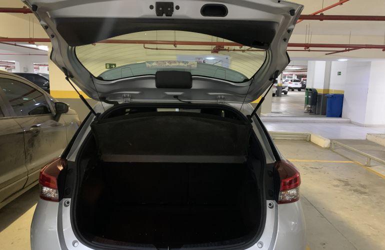 Toyota Yaris 1.5 XLS CVT (Flex) - Foto #4