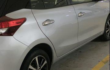 Toyota Yaris 1.5 XLS CVT (Flex) - Foto #9