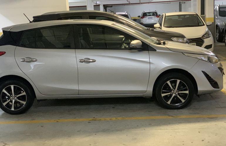 Toyota Yaris 1.5 XLS CVT (Flex) - Foto #10