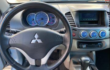 Mitsubishi L 200 Triton HPE 4x4 3.2 (cab. dupla) - Foto #7
