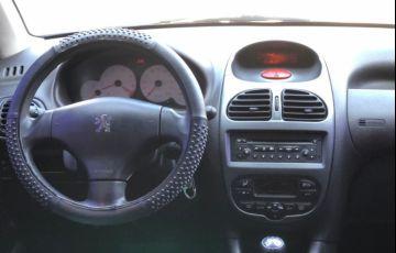 Peugeot 206 1.4 Presence 8v - Foto #6