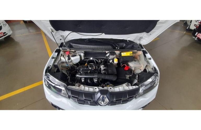 Renault Kwid 1.0 Intense - Foto #9