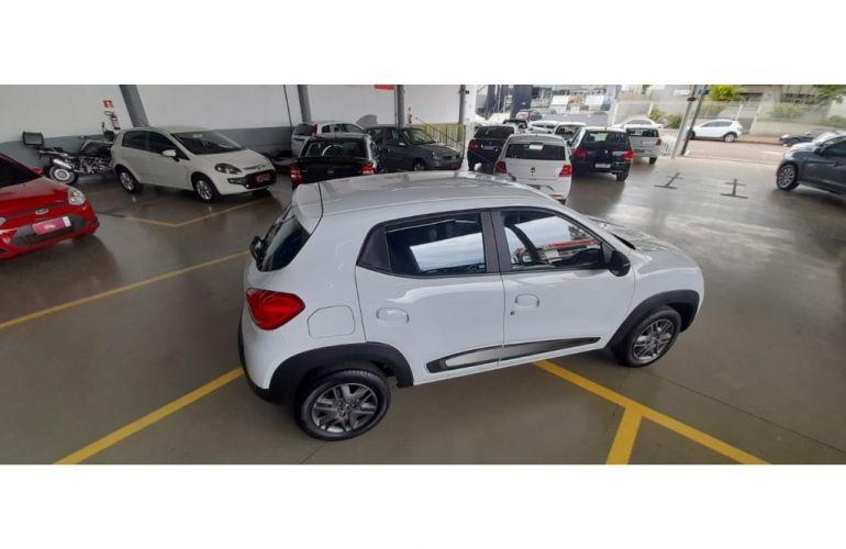 Renault Kwid 1.0 Intense - Foto #10