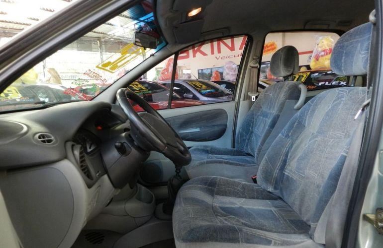 Renault Scenic 2.0 Rxe 16v - Foto #7