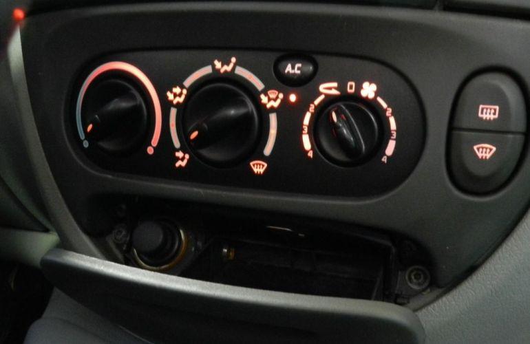 Renault Scenic 2.0 Rxe 16v - Foto #8