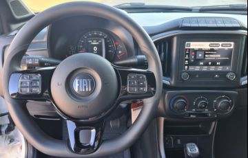 Fiat Strada 1.4 CS Freedom - Foto #9