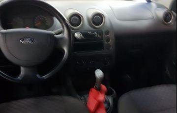 Ford Fiesta 1.0 8V Flex - Foto #4