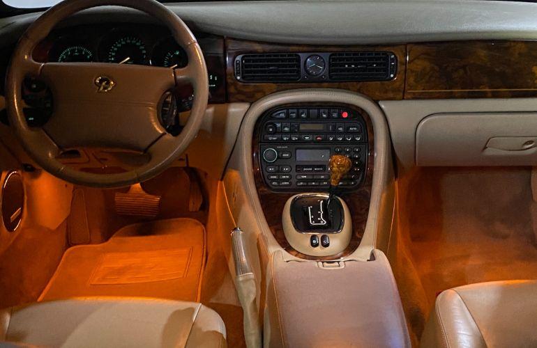 Jaguar Daimler V8 - Exclusivo no Brasil - Foto #5