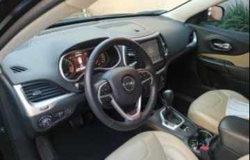Jeep Cherokee Limited 3.7 V6 4WD - Foto #8