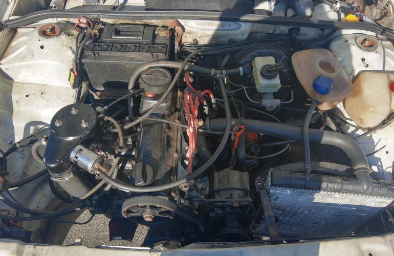Volkswagen Voyage GL 1.8 - Foto #2