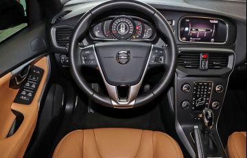 Volvo V40 2.0 T4 Kinetic - Foto #6