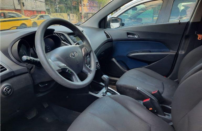 Hyundai Hb20 1.6 Comfort Plus 16V Flex 4p Automático - Foto #9