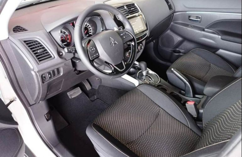 Mitsubishi Outlander Sport GLS 2.0 MIVEC Duo VVT - Foto #5