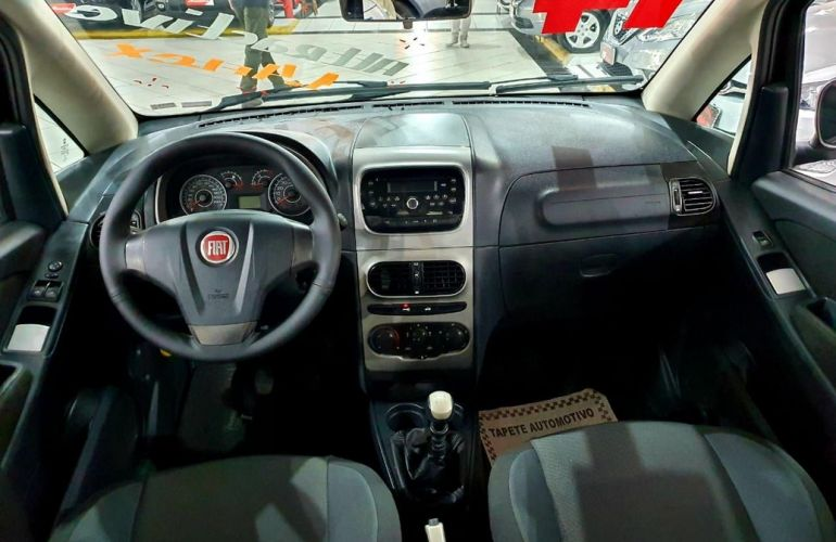 Fiat Idea 1.4 MPi Attractive 8v - Foto #7