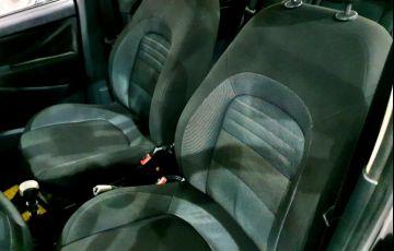 Fiat Idea 1.4 MPi Attractive 8v - Foto #8