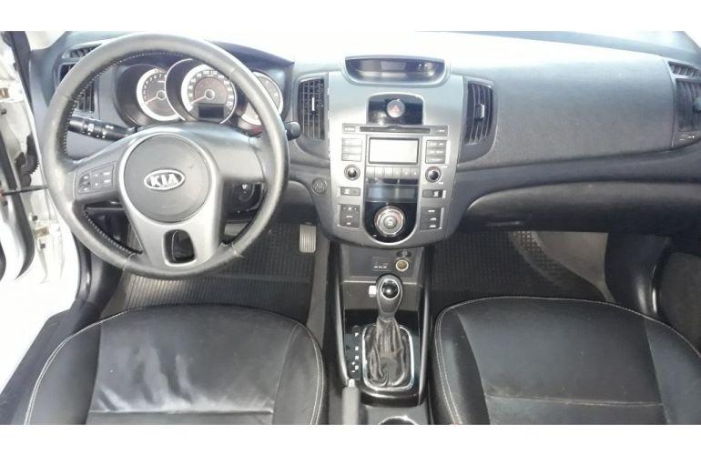 Kia Cerato EX 1.6 16V 6vel (aut) - Foto #4