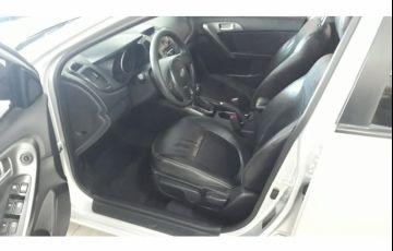 Kia Cerato EX 1.6 16V 6vel (aut) - Foto #6