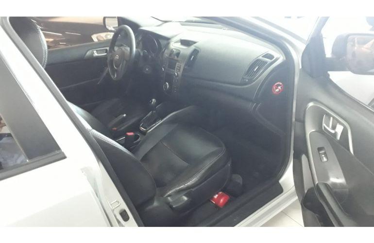 Kia Cerato EX 1.6 16V 6vel (aut) - Foto #7