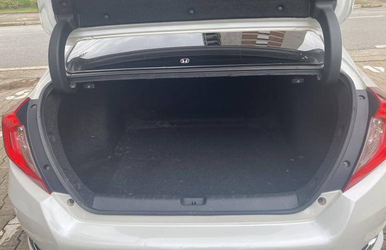 Honda Civic Touring 1.5 Turbo CVT - Foto #4