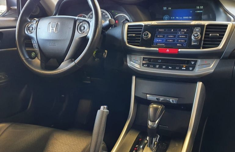 Honda Accord 2.4 EX 16v - Foto #9