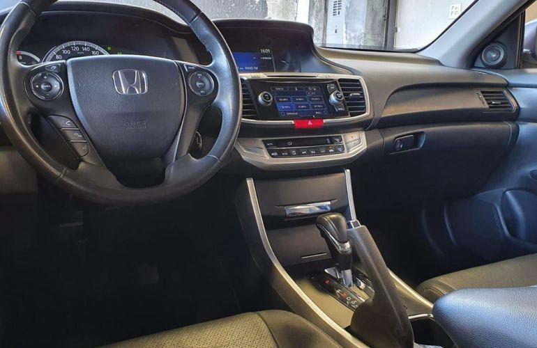 Honda Accord 2.4 EX 16v - Foto #10