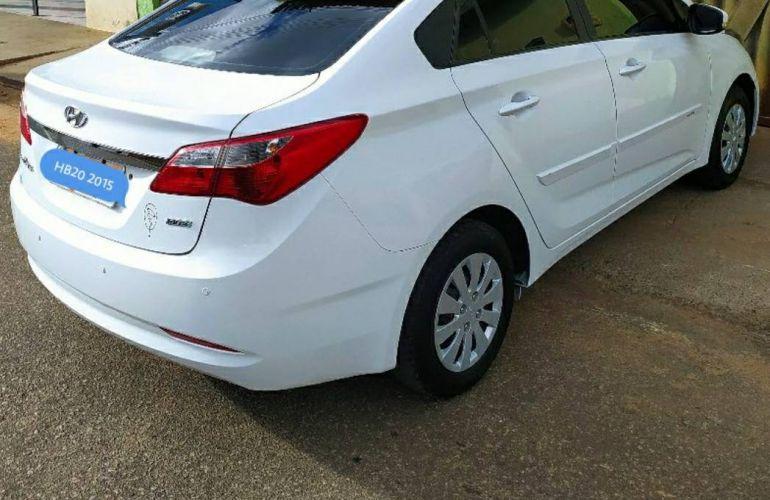 Hyundai HB20S 1.0 Comfort Plus - Foto #3