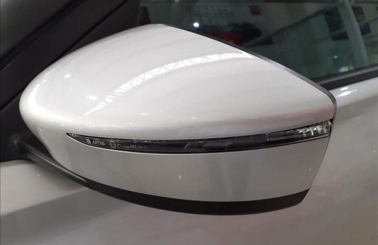 Nissan Kicks 1.6 16V Flexstart Advance - Foto #9