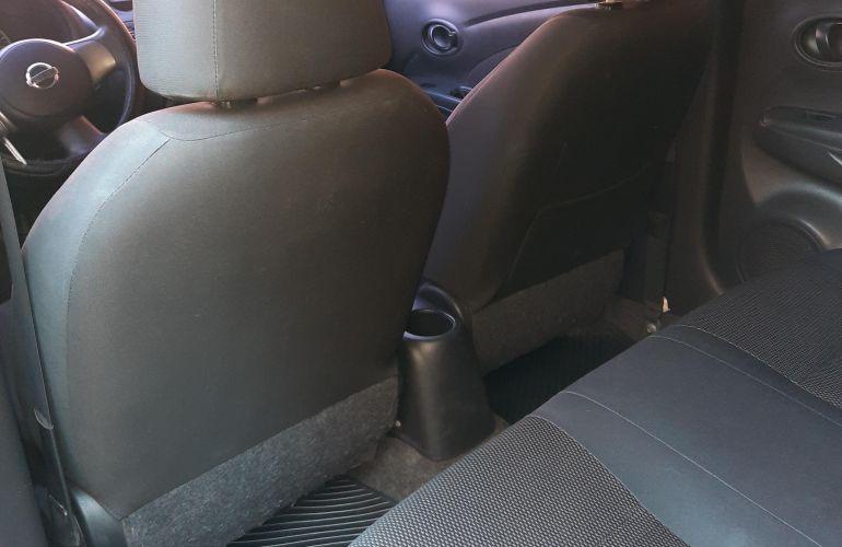 Nissan Versa 1.6 16V SV - Foto #9