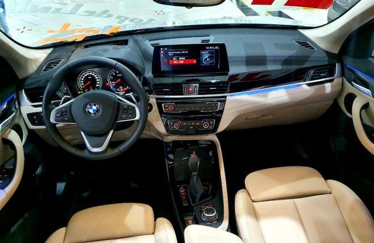 BMW X1 2.0 16V Turbo Sdrive20i X-line - Foto #10