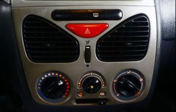Fiat Palio 1.0 MPi Fire Celebration 8v - Foto #10