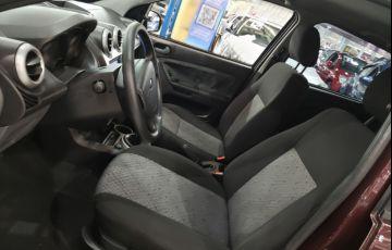 Ford Fiesta 1.6 MPi Class Hatch 8v - Foto #3