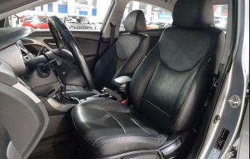 Hyundai Elantra 2.0 GLS 16v - Foto #5
