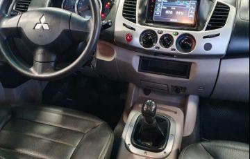 Mitsubishi L200 Triton 2.4 Hls Chrome 4x2 CD 16v - Foto #7