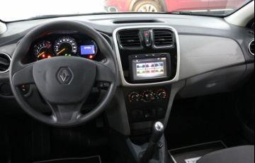 Renault Logan Expression 1.6 8V Hi-Flex - Foto #9