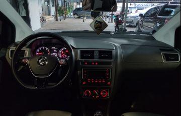 Volkswagen Fox 1.0 MPI Comfortline (Flex) - Foto #8