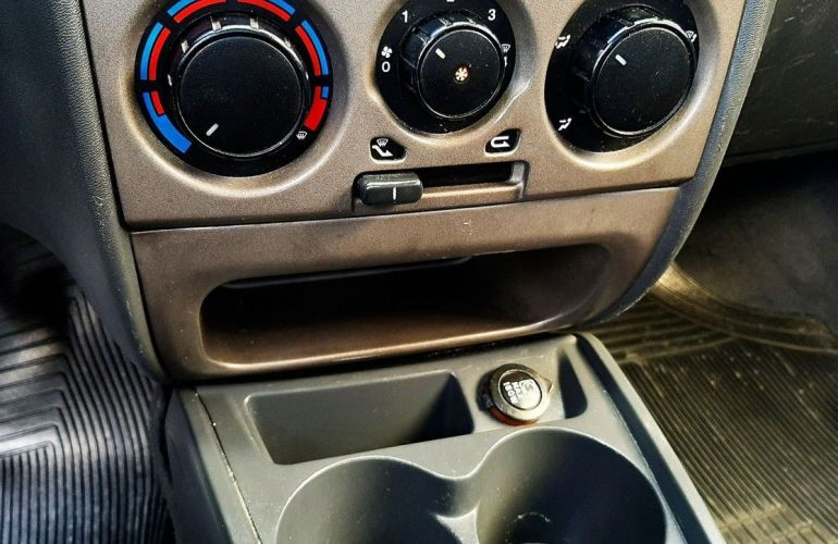 Fiat Palio 1.6 Trekking Weekend 16v - Foto #8
