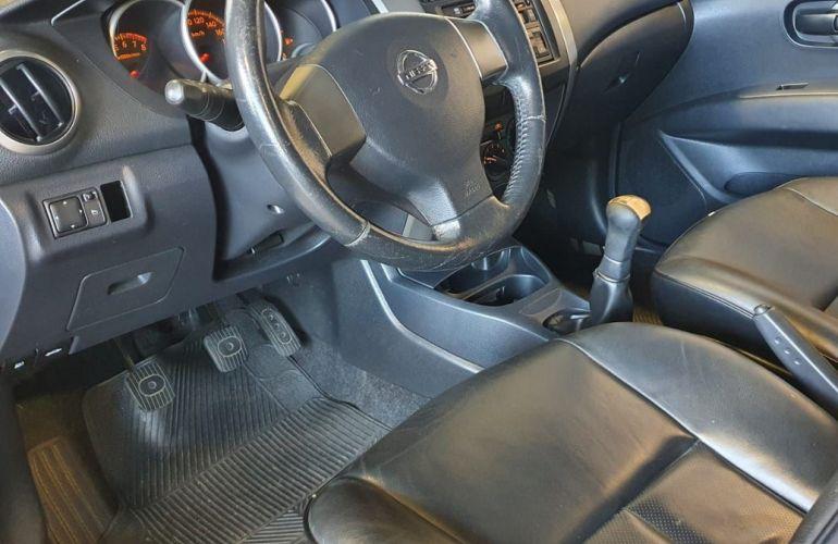 Nissan Livina 1.6 SL 16v - Foto #7