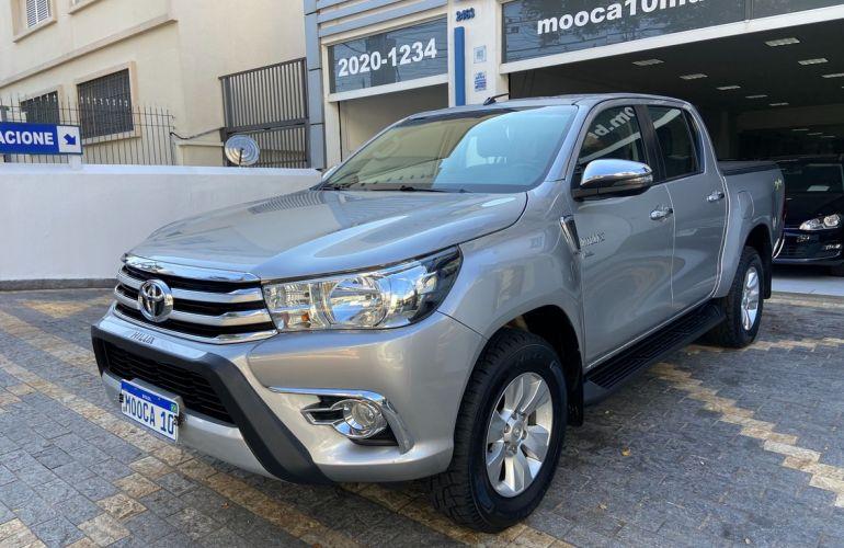 Toyota Hilux 2.7 Srv 4x4 CD 16v - Foto #1
