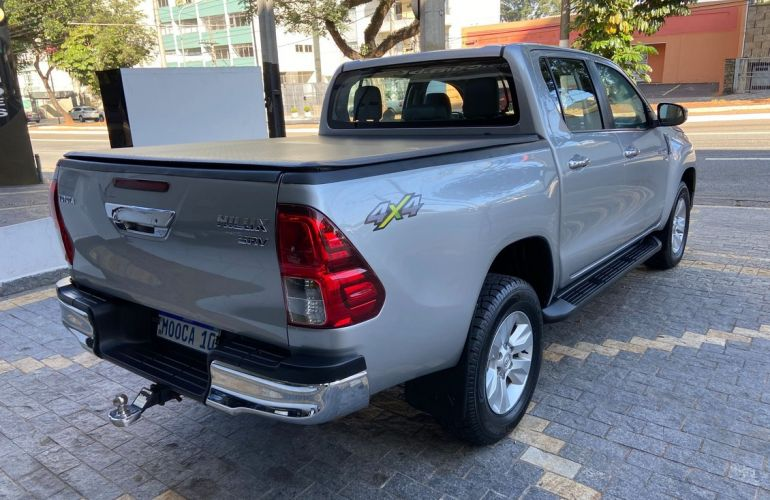 Toyota Hilux 2.7 Srv 4x4 CD 16v - Foto #6
