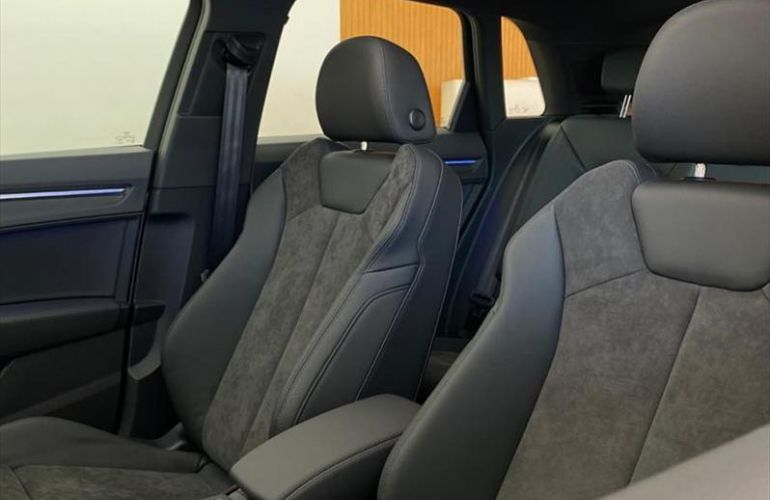 Audi Q3 1.4 35 TFSI Black S Tronic - Foto #7
